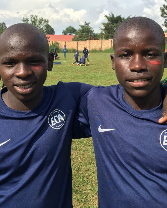New Year greetings from Uganda and El Cambio Academy